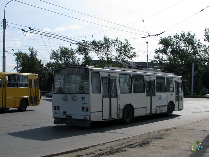Великий Новгород. Škoda 14TrM (ВМЗ) №20
