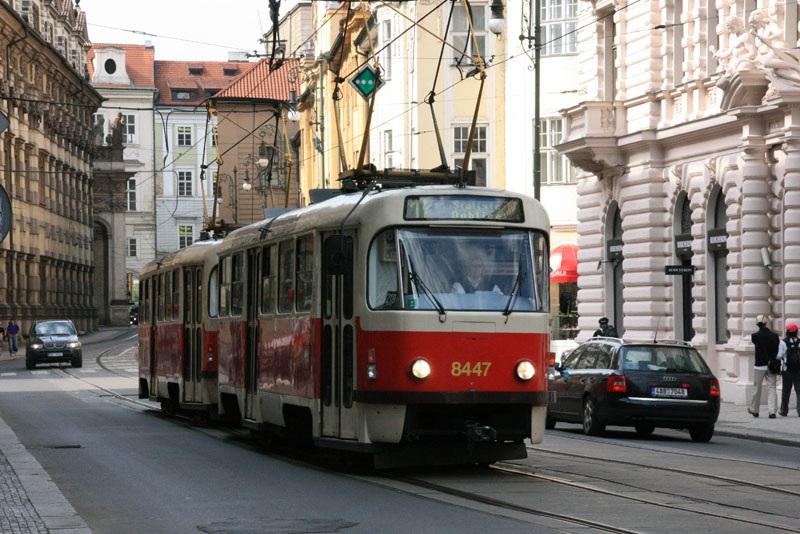 Прага. Tatra T3 №8447, Tatra T3 №8445