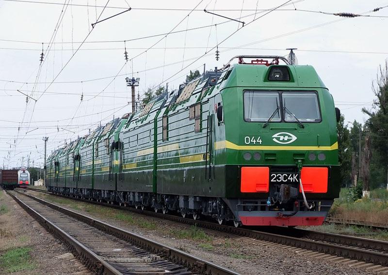 Новочеркасск. 2ЭС4К-044 Дончак