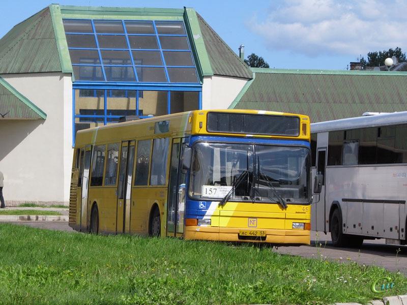 Великий Новгород. Aabenraa 5000 (Volvo B10L-60) ас442
