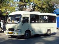 Таганрог. Hyundai County SWB ам074