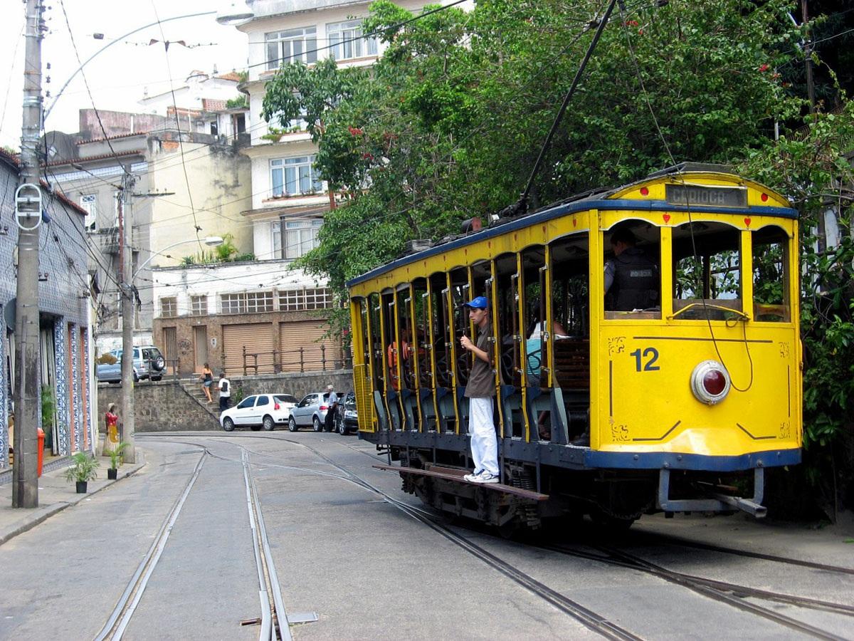 Рио-де-Жанейро. Двухосный моторный вагон №12
