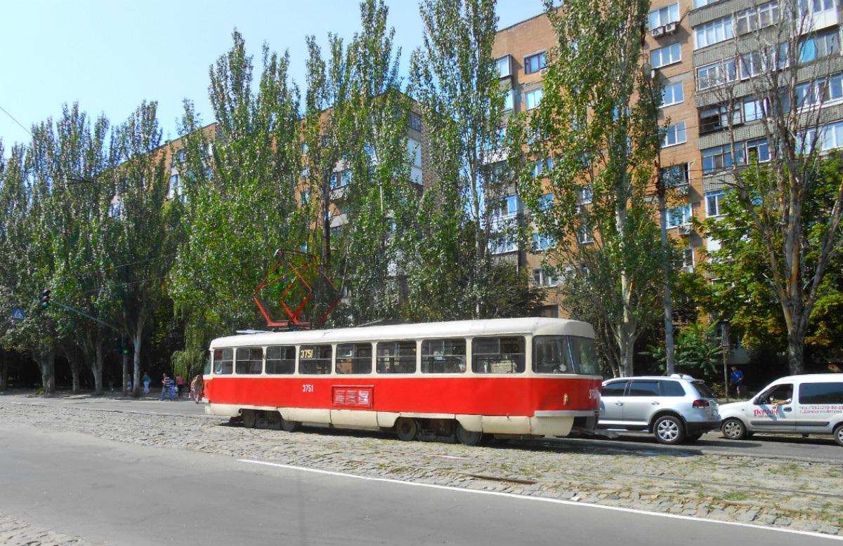 Донецк. Tatra T3 №3751