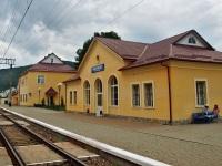 Воловец. Вокзал железнодорожной станции Воловец