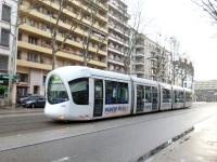 Лион. Alstom Citadis 302 №825