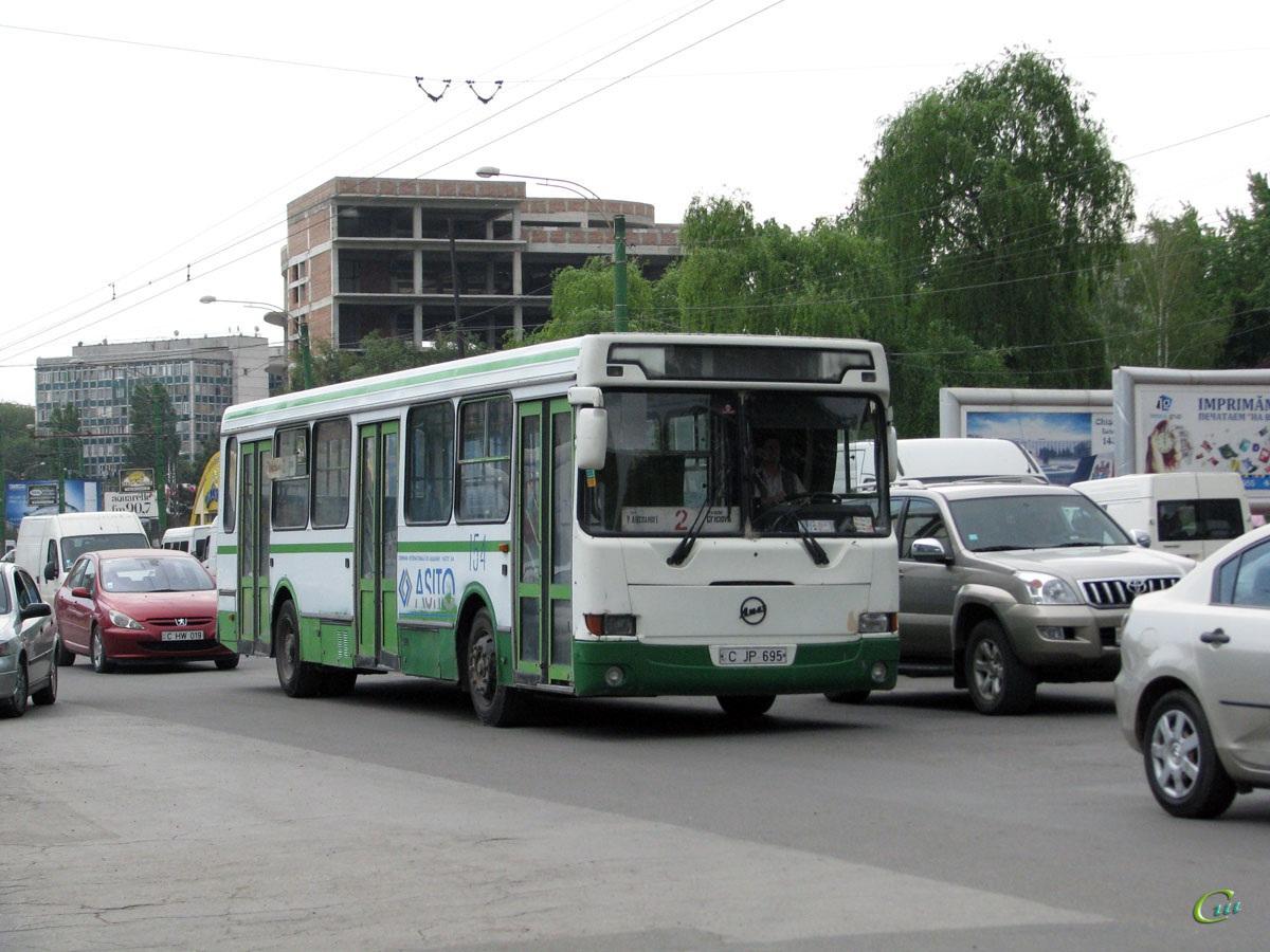 Кишинев. ЛиАЗ-5256.25 C JP 695