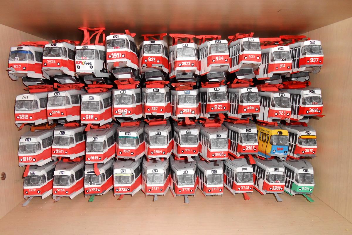 Донецк. Бумажные модели трамваев Татра Т3 депо №3