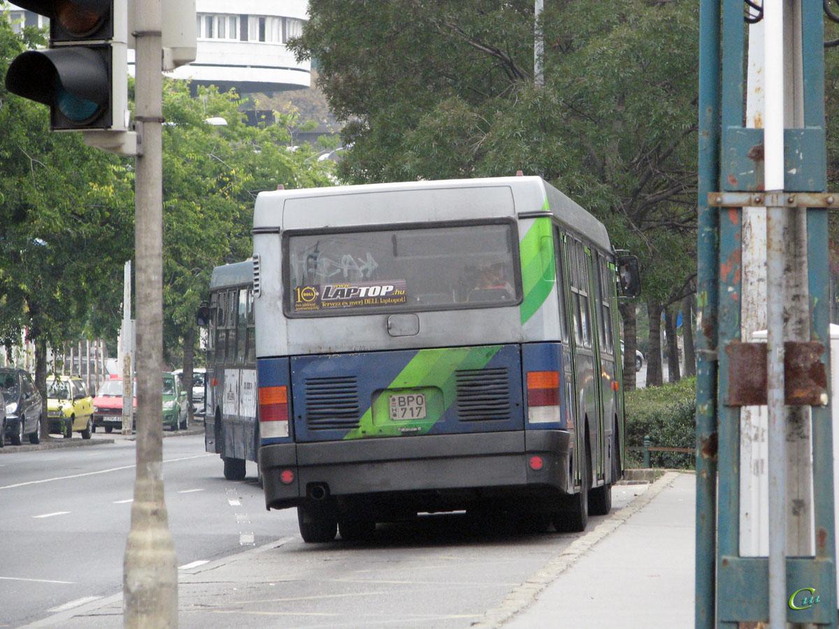 Будапешт. Ikarus 415 BPO-717