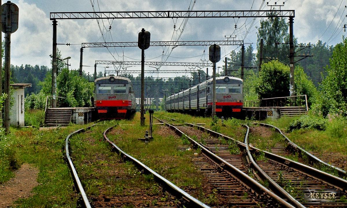 Санкт-Петербург. ЭР2Т-7199, ЭР2Т-7198