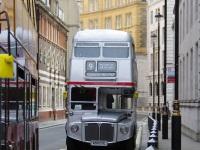 Лондон. Park Royal RM (AEC Routemaster) 650 DYE
