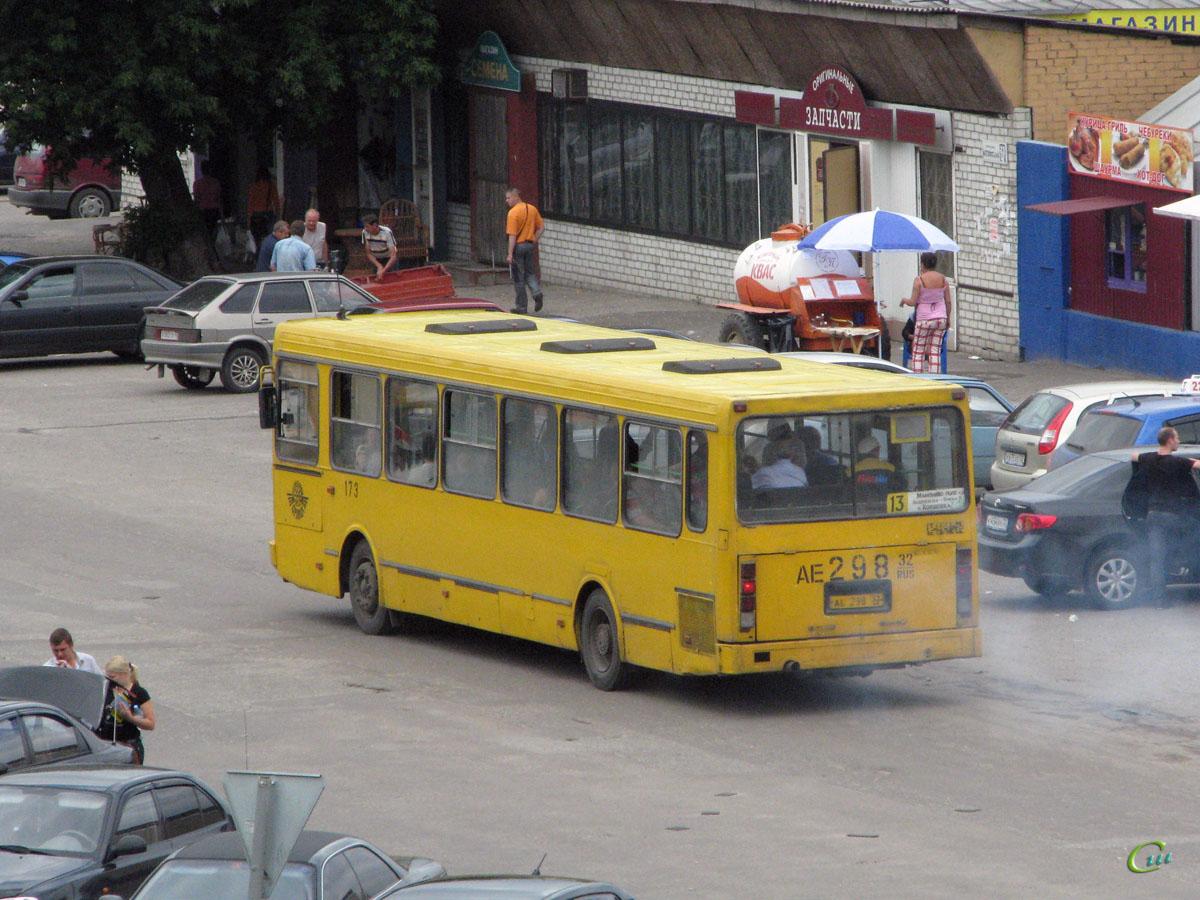Брянск. ЛиАЗ-5256.40 ае298