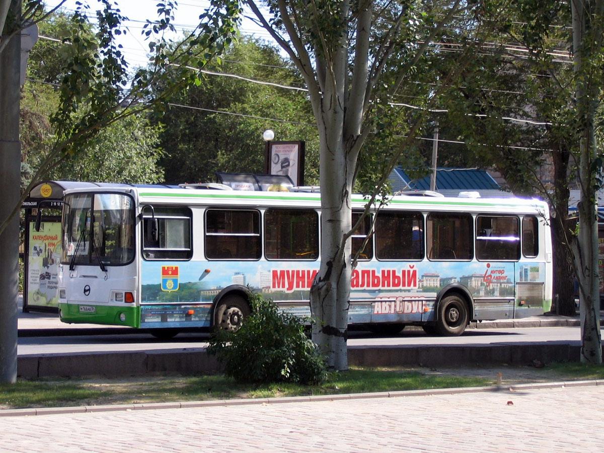 Волгоград. ЛиАЗ-5256 м166ма