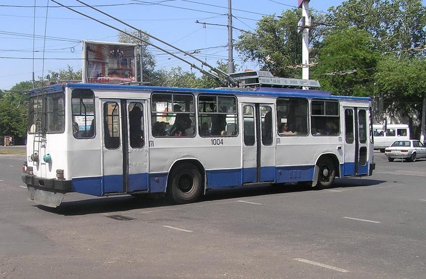 Одесса. ЮМЗ-Т2 №1004