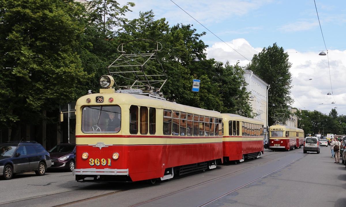 Санкт-Петербург. ЛП-49 №3990, ЛМ-47 Слон №3521, ЛМ-49 №3691