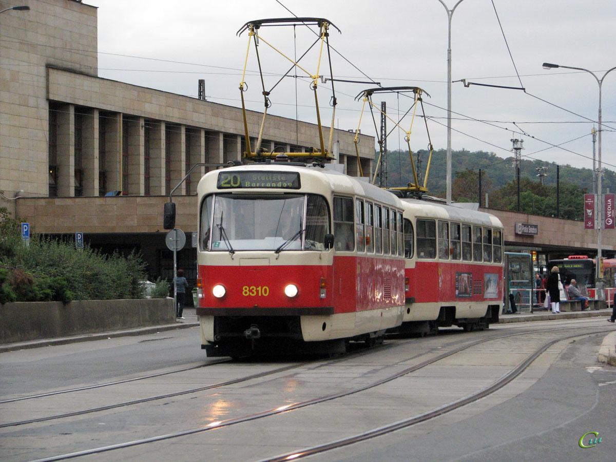 Прага. Tatra T3 №8310