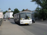 Псков. Mercedes-Benz O345 ав082