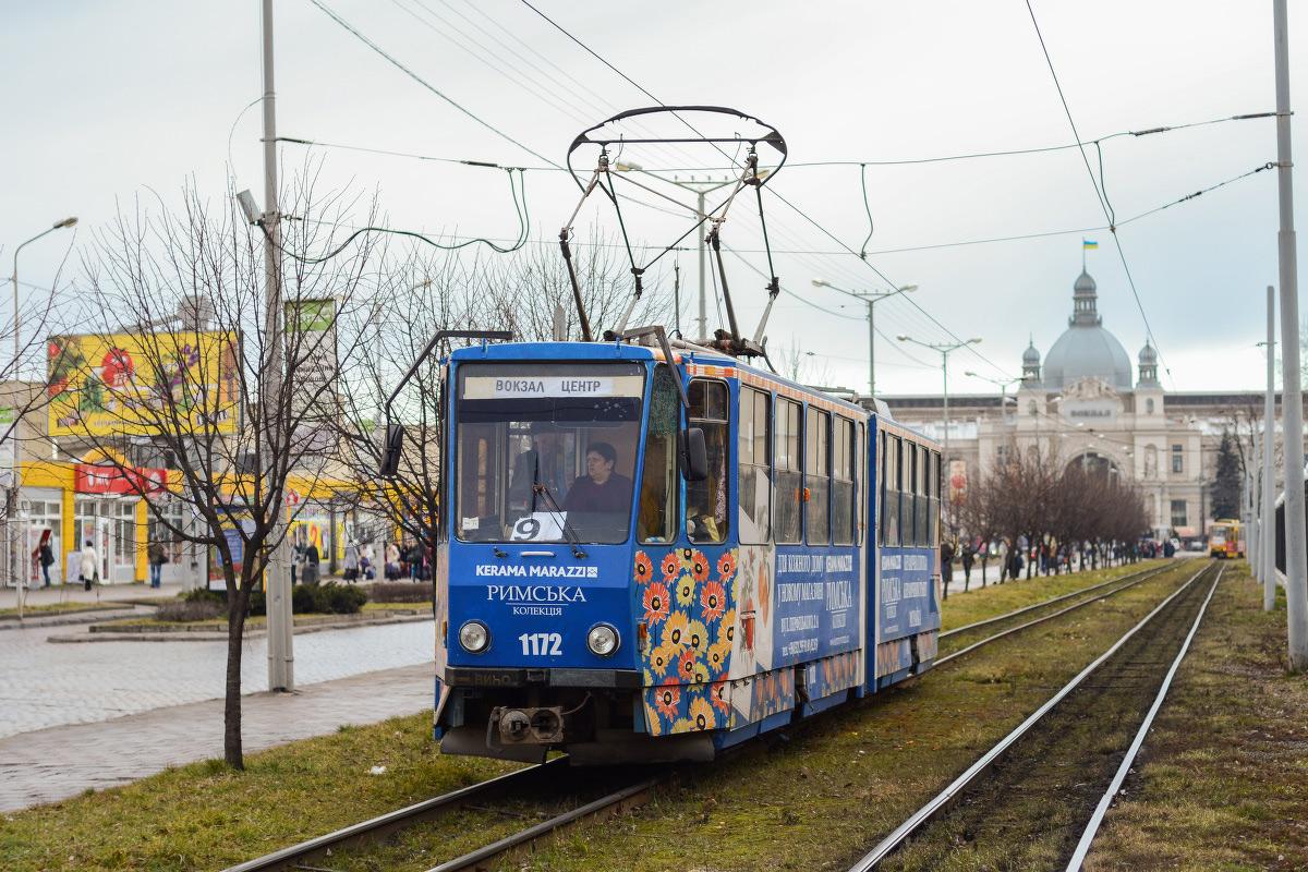 Львов. Tatra KT4SU №1172
