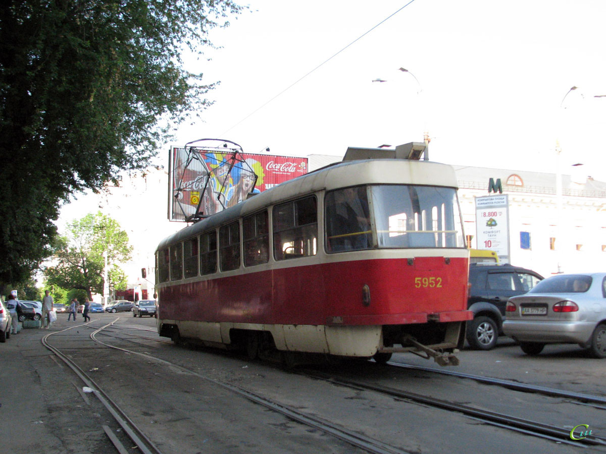 Киев. Tatra T3SU №5952