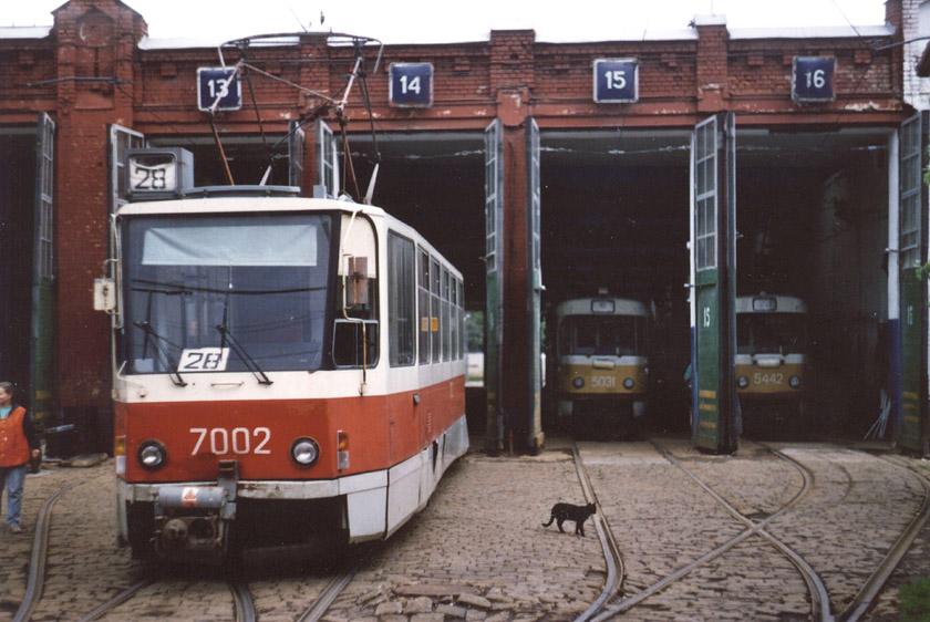 Москва. Tatra T7B5 №7002, Tatra T3SU №5442, Tatra T3SU №5031