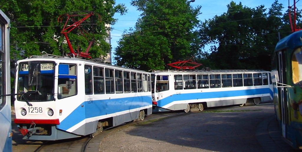 Москва. 71-608КМ (КТМ-8М) №1241, 71-608КМ (КТМ-8М) №1258
