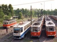 Новокузнецк. 71-608КМ (КТМ-8М) №346, 71-605 (КТМ-5) №306, 71-605 (КТМ-5) №310, 71-605 (КТМ-5) №317