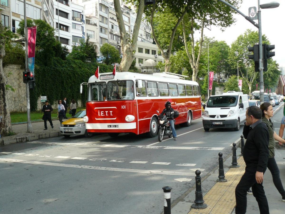 Стамбул. IETT/Ansaldo №101