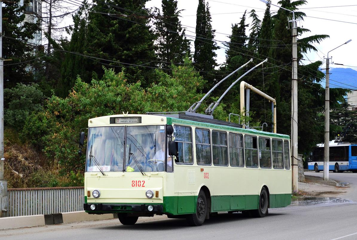 Алушта. Škoda 14Tr89/6 №8102