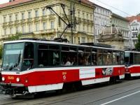 Прага. Tatra T6A5 №8649