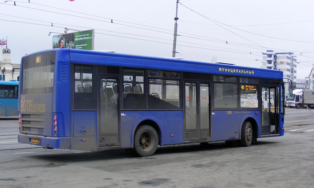Владивосток. КАвЗ-4239 во735
