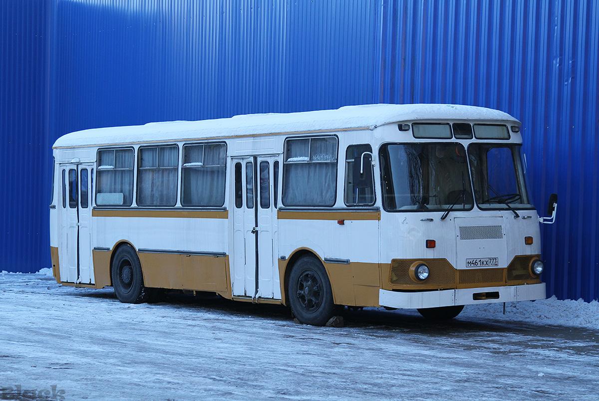 Москва. ЛиАЗ-677МБ м461кх