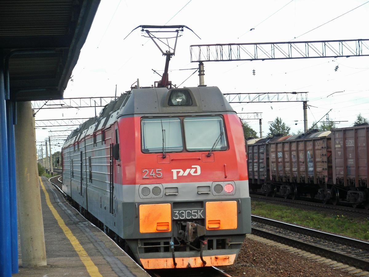 Хабаровск. 3ЭС5К-245 Ермак
