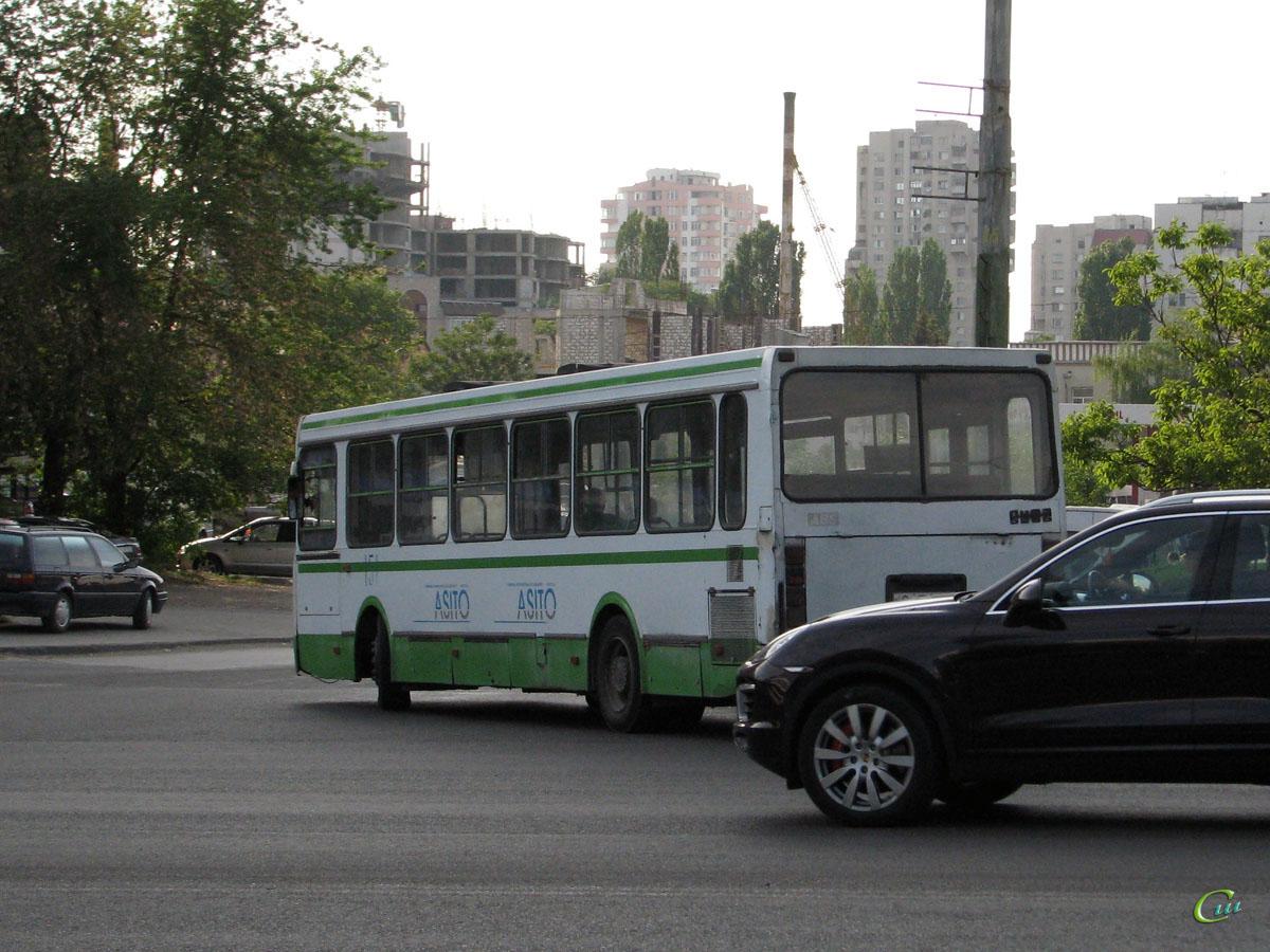 Кишинев. ЛиАЗ-5256.25 C JP 693