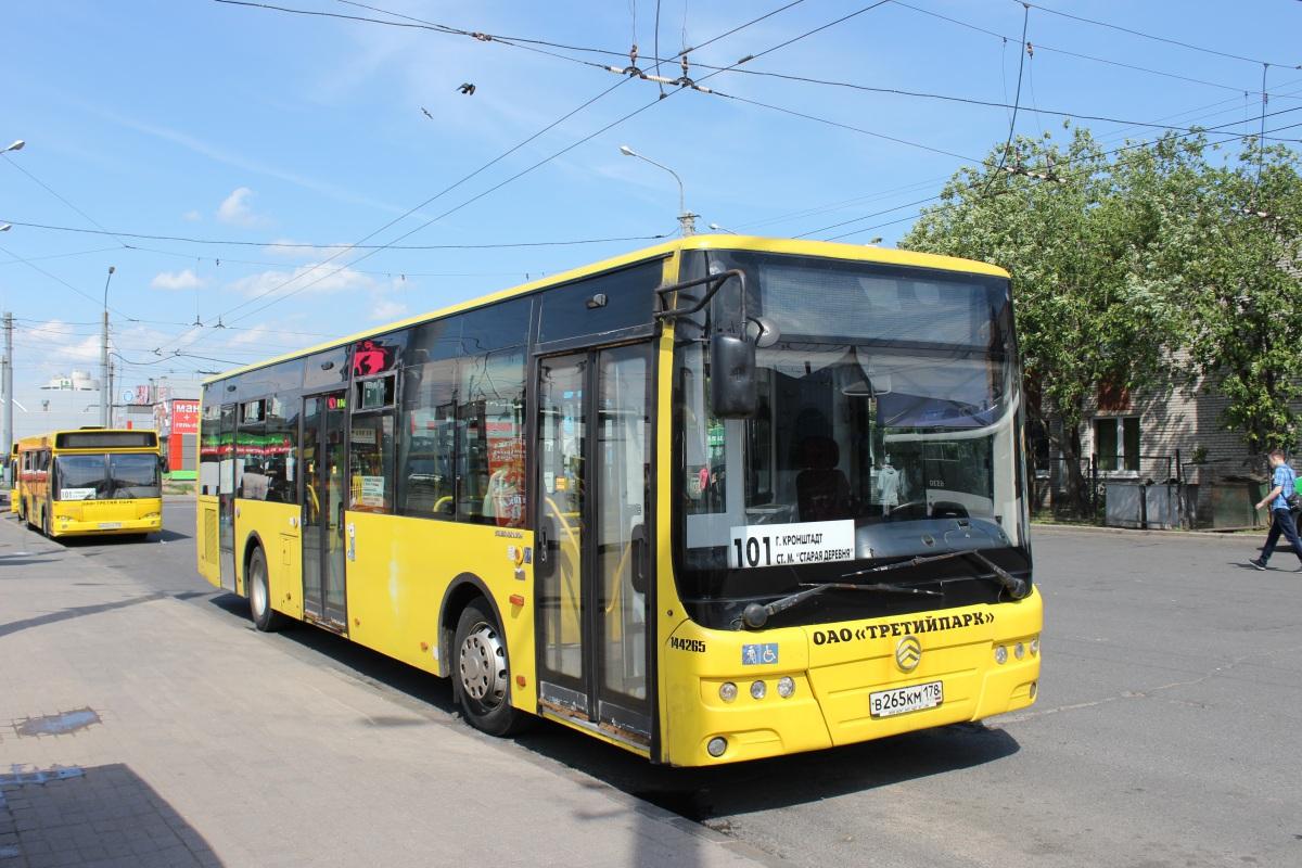 Соколов превратил транспортную систему Петербурга в опасный аттракцион