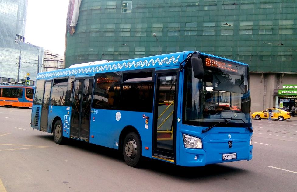 Москва. ЛиАЗ-4292.60 е681тм