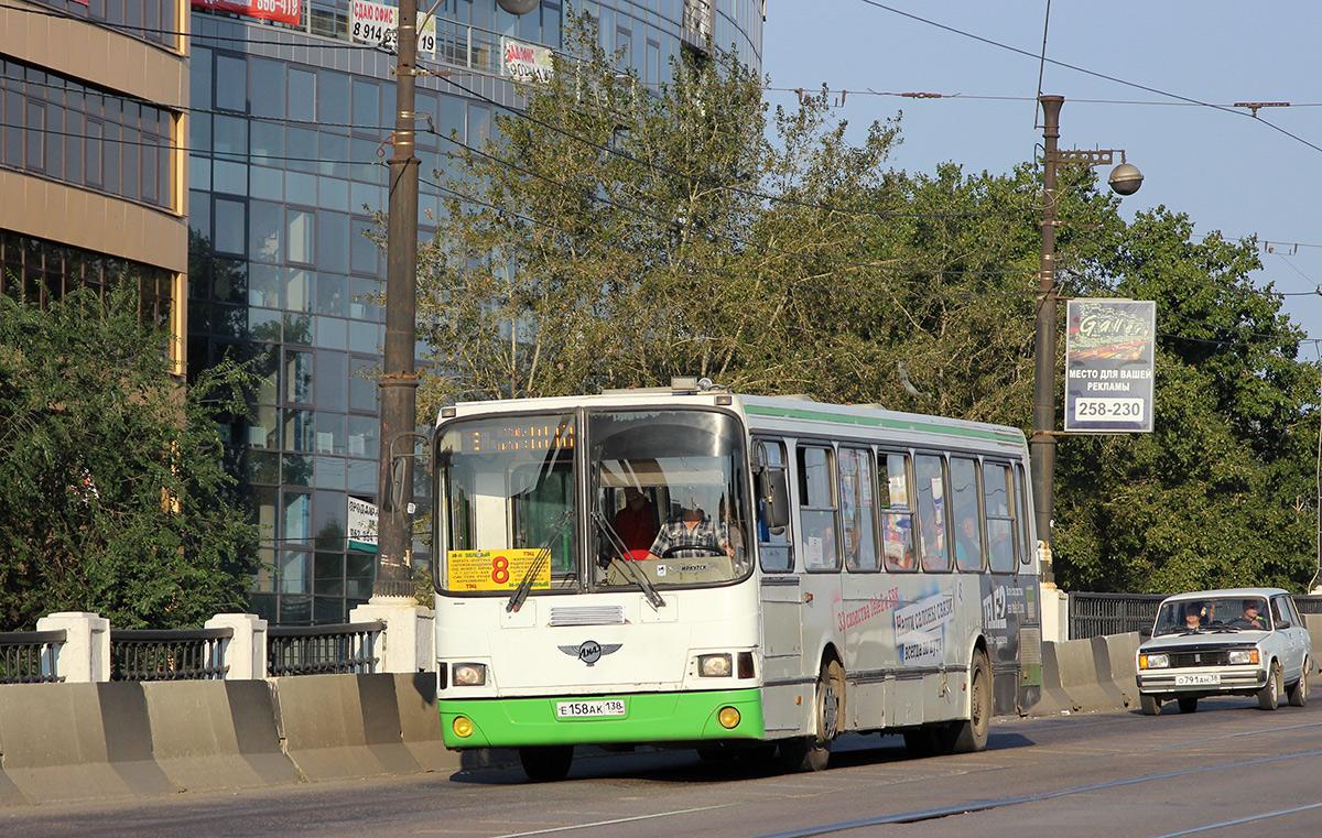 Иркутск. ЛиАЗ-5256.26 е158ак