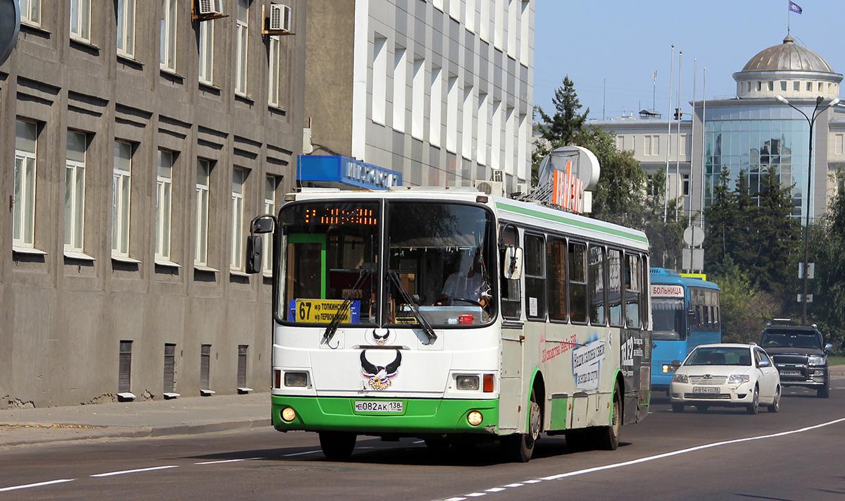 Иркутск. ЛиАЗ-5256.25 е082ак