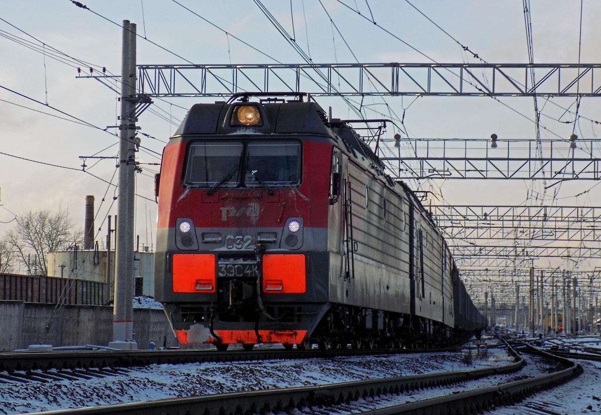 Санкт-Петербург. 3ЭС4К-032 Дончак