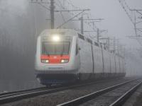 Санкт-Петербург. Скоростной пассажирский двухсистемный электропоезд Sm6