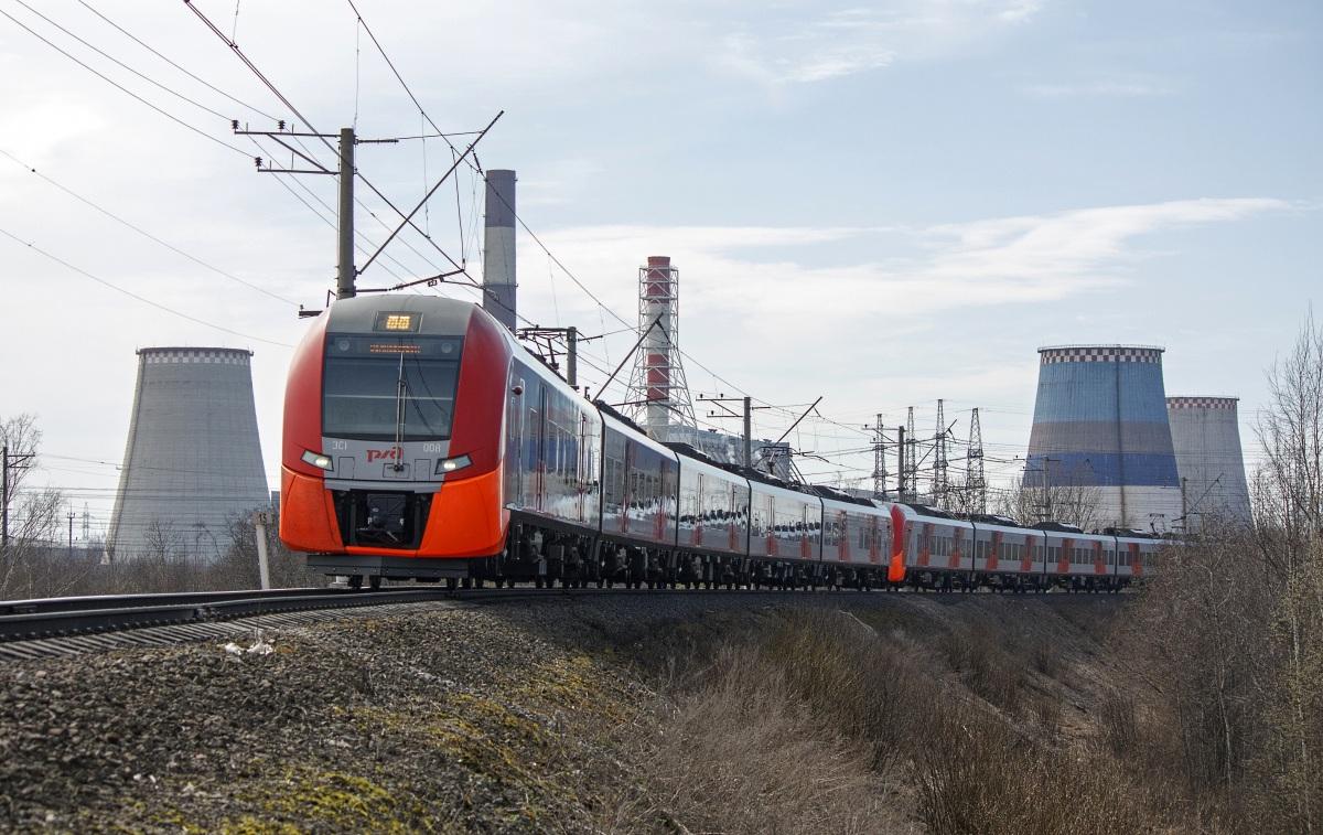 Санкт-Петербург. ЭС1-008 Ласточка