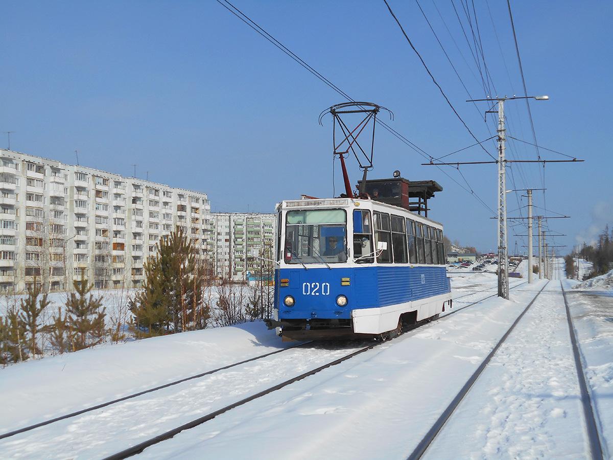 Усть-Илимск. 71-605 (КТМ-5) №020