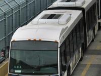 Нью-Йорк. Novabus LFS Artic R-25071