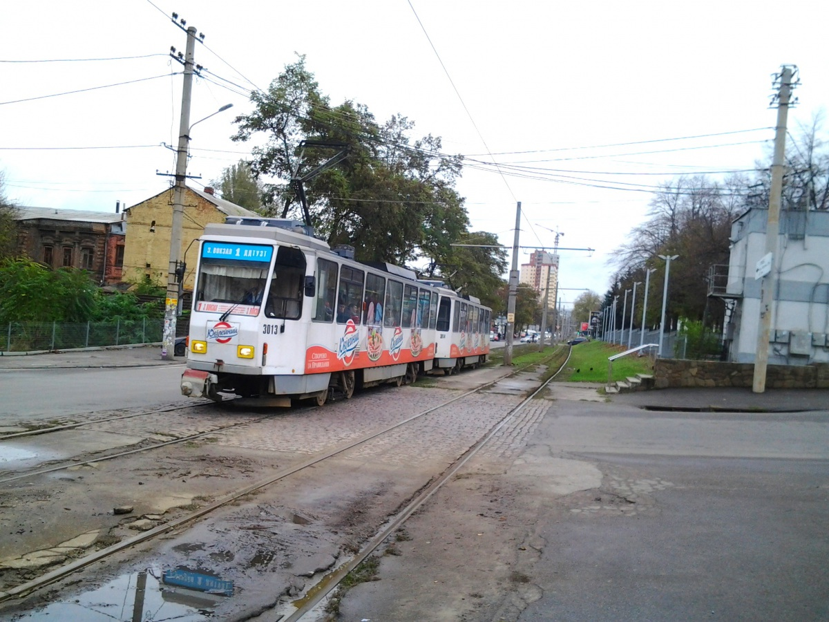 Днепр. Tatra T6A2 №3013