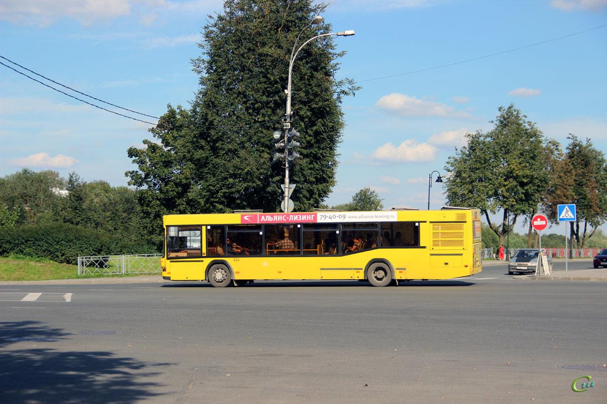 Псков. МАЗ-103.469 с756кк