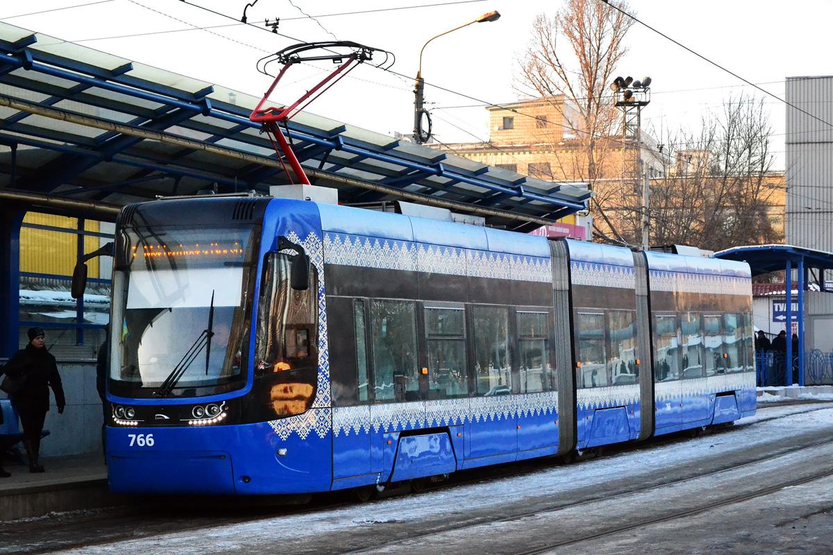 природному таланту новые троллейбусы и трамвай только фото половинки