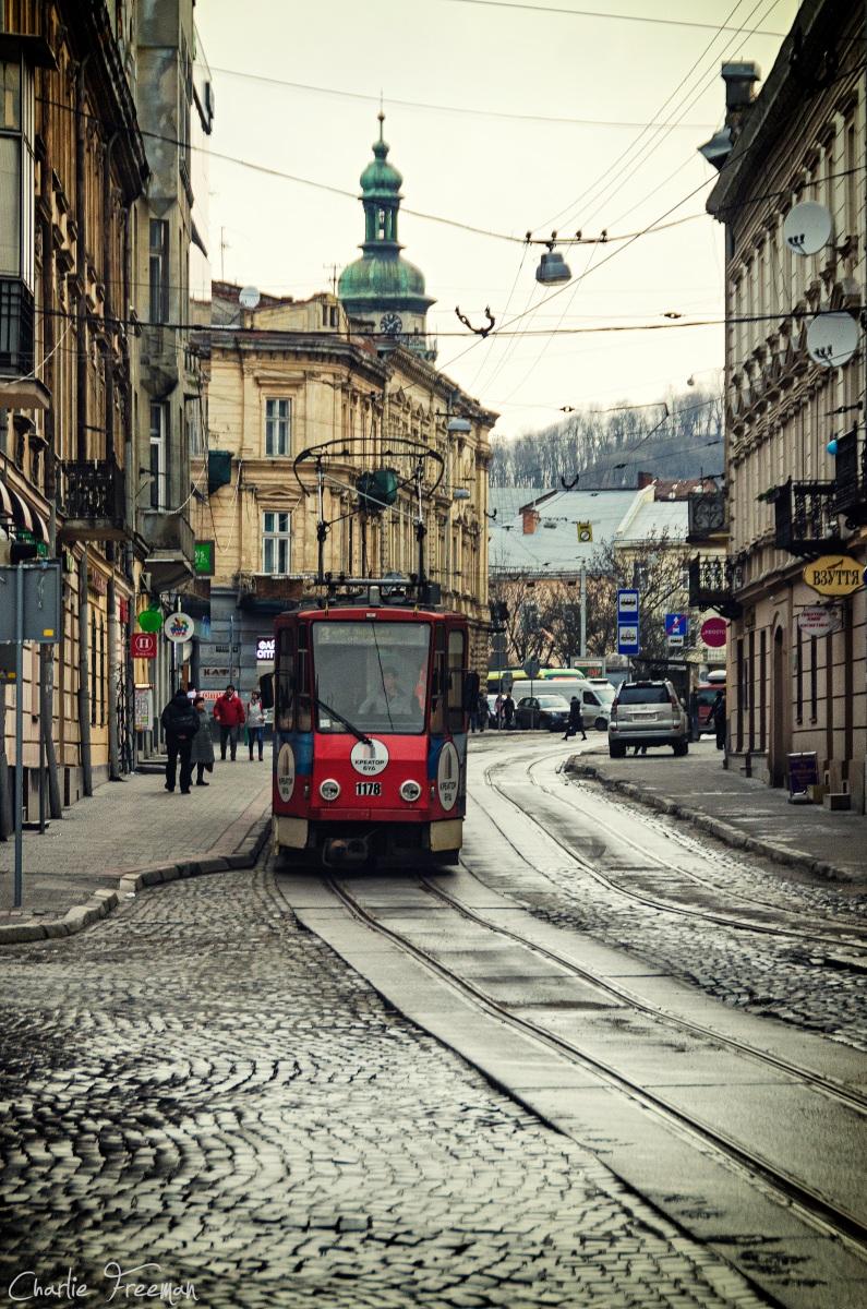 Львов. Tatra KT4D №1175