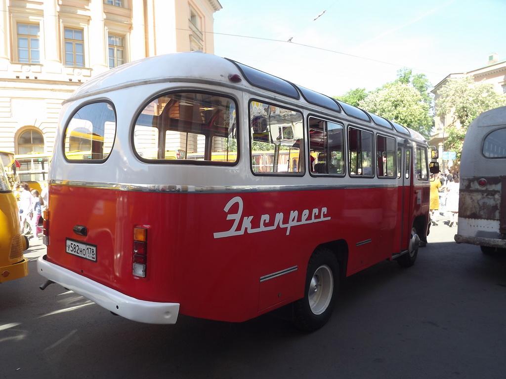 Санкт-Петербург. ПАЗ-672М у582но