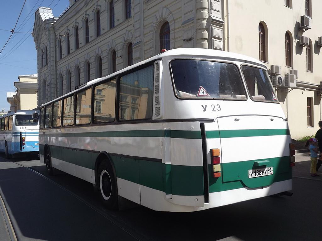 Санкт-Петербург. ЛАЗ-699Р у188ру