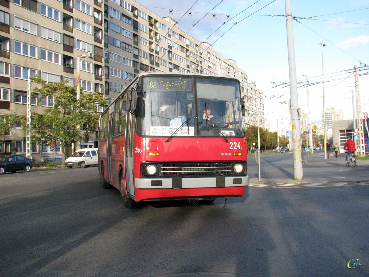Будапешт. Ikarus 280.94 №224