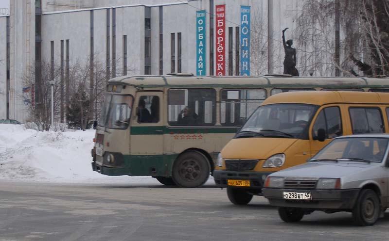 Курган. ЛиАЗ-677М в910ва