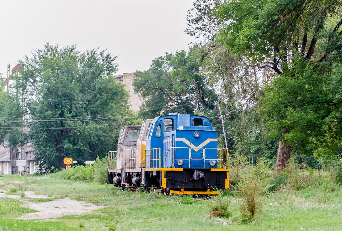 Ставрополь. ТГМ23Д-104, ТГМ40-0354
